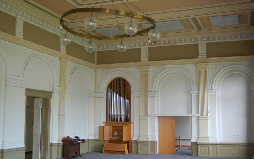 Eine Orgel zieht um